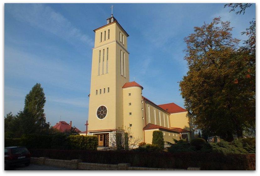 Kościół parafialny p.w. Trójcy Przenajświętszej